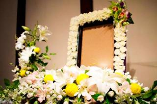 祭壇・献花・託花