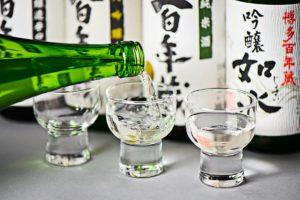 お酒で咲かそう、暮らしの花(日本酒の温度編)